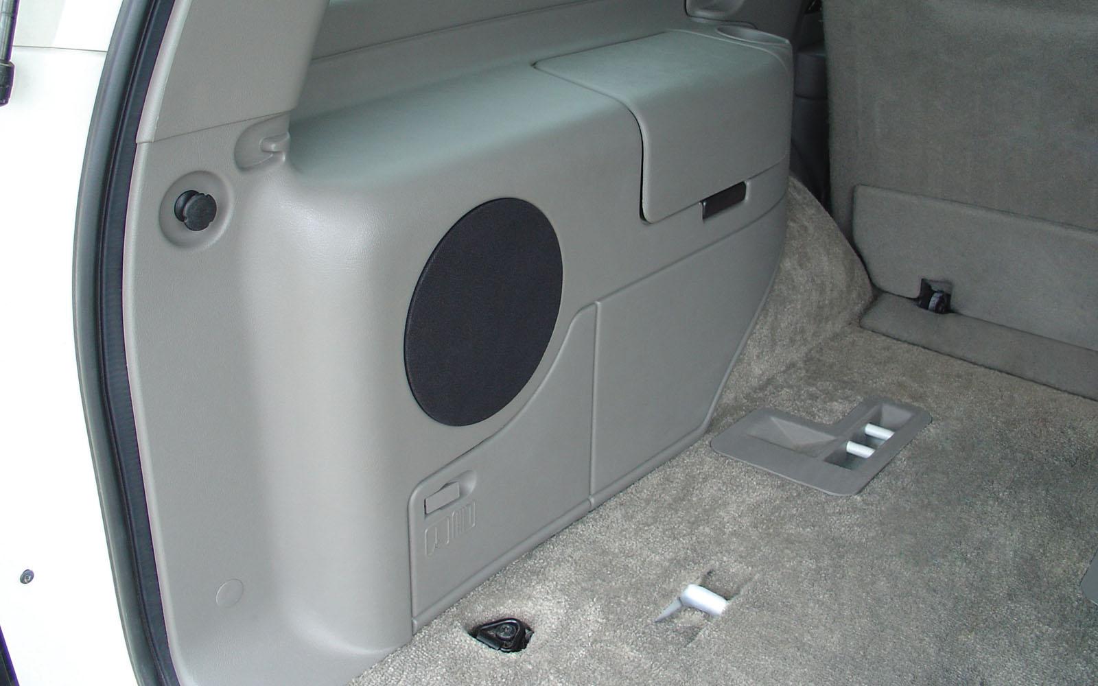 Chevrolet Tahoe 2001 2006 Thunderform Custom Subwoofer