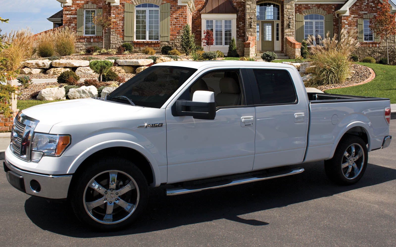 ford f 150 supercrew cab 2009 2015 thunderform custom amplified subwoofer enclosure mtx audio. Black Bedroom Furniture Sets. Home Design Ideas