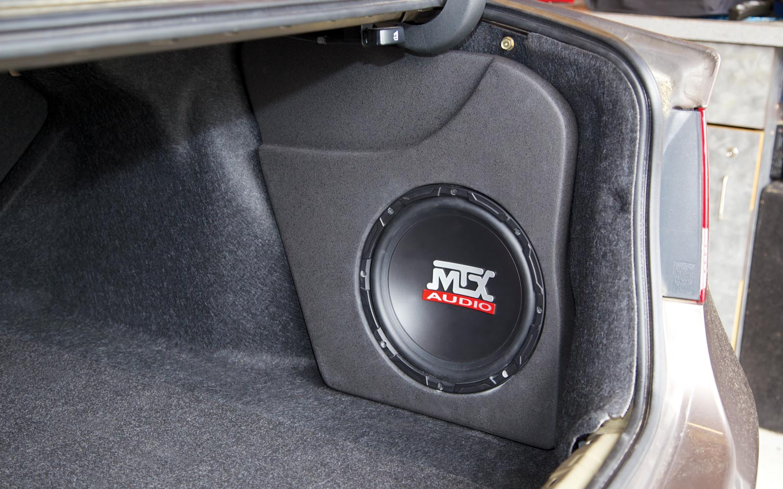 Honda Civic 2006-2012 ThunderForm Custom Amplified Subwoofer ...