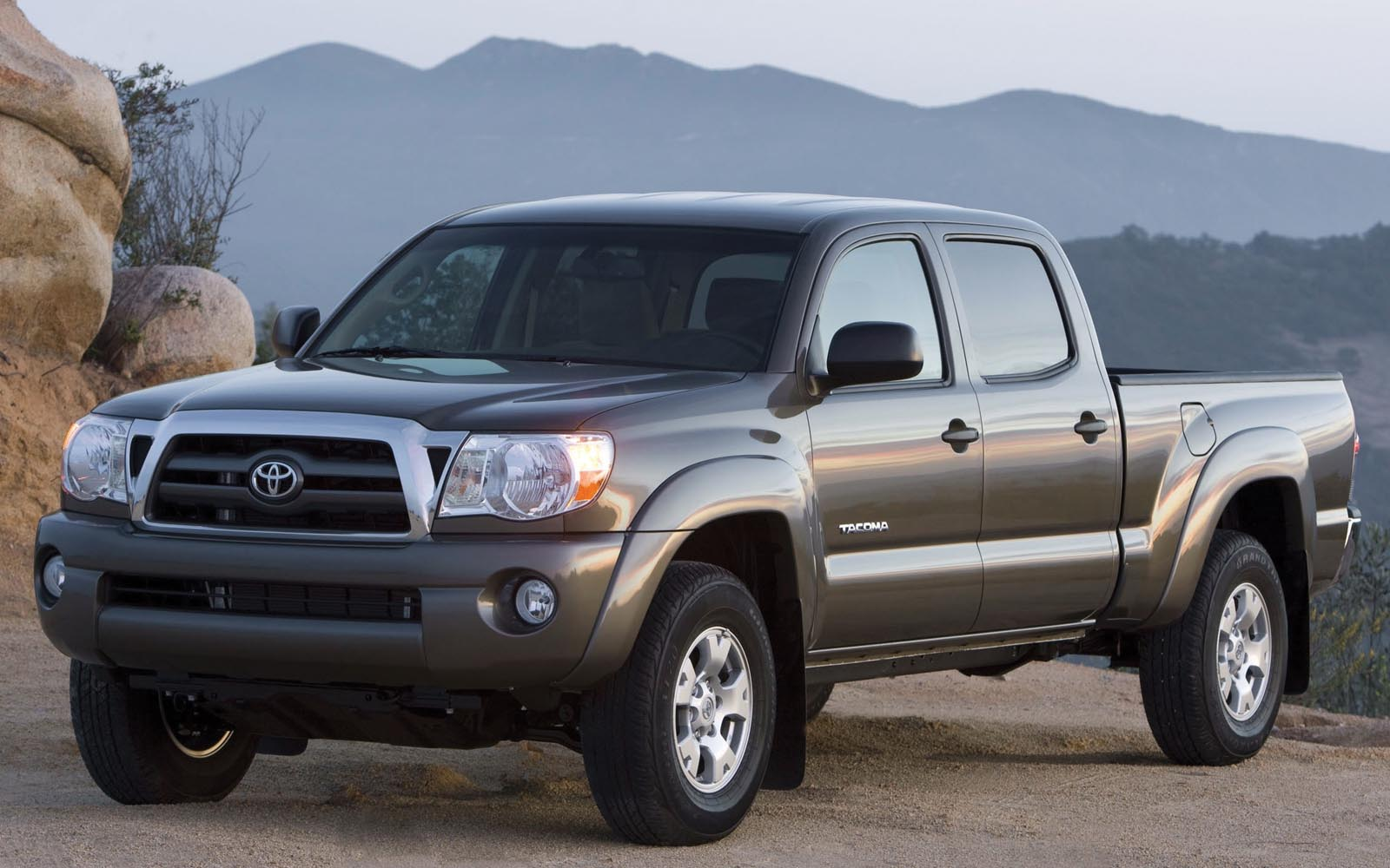 toyota four pic doors door cars overview tacoma cargurus