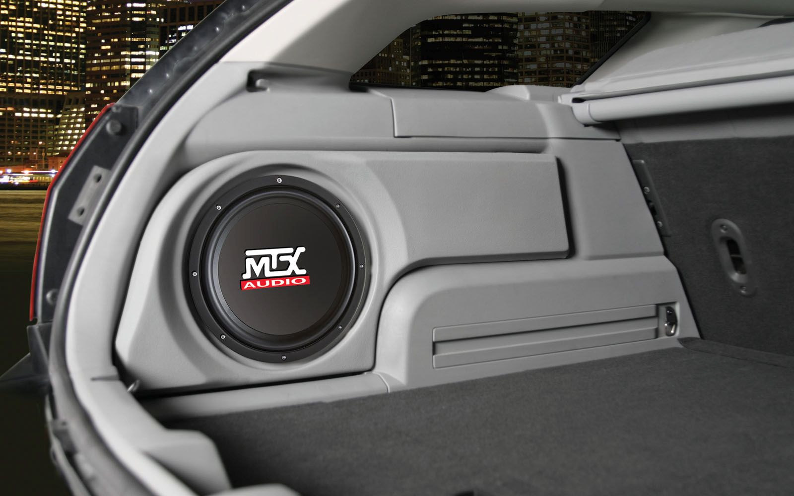 Dodge Magnum 2005 2008 Thunderform Custom Amplified Subwoofer