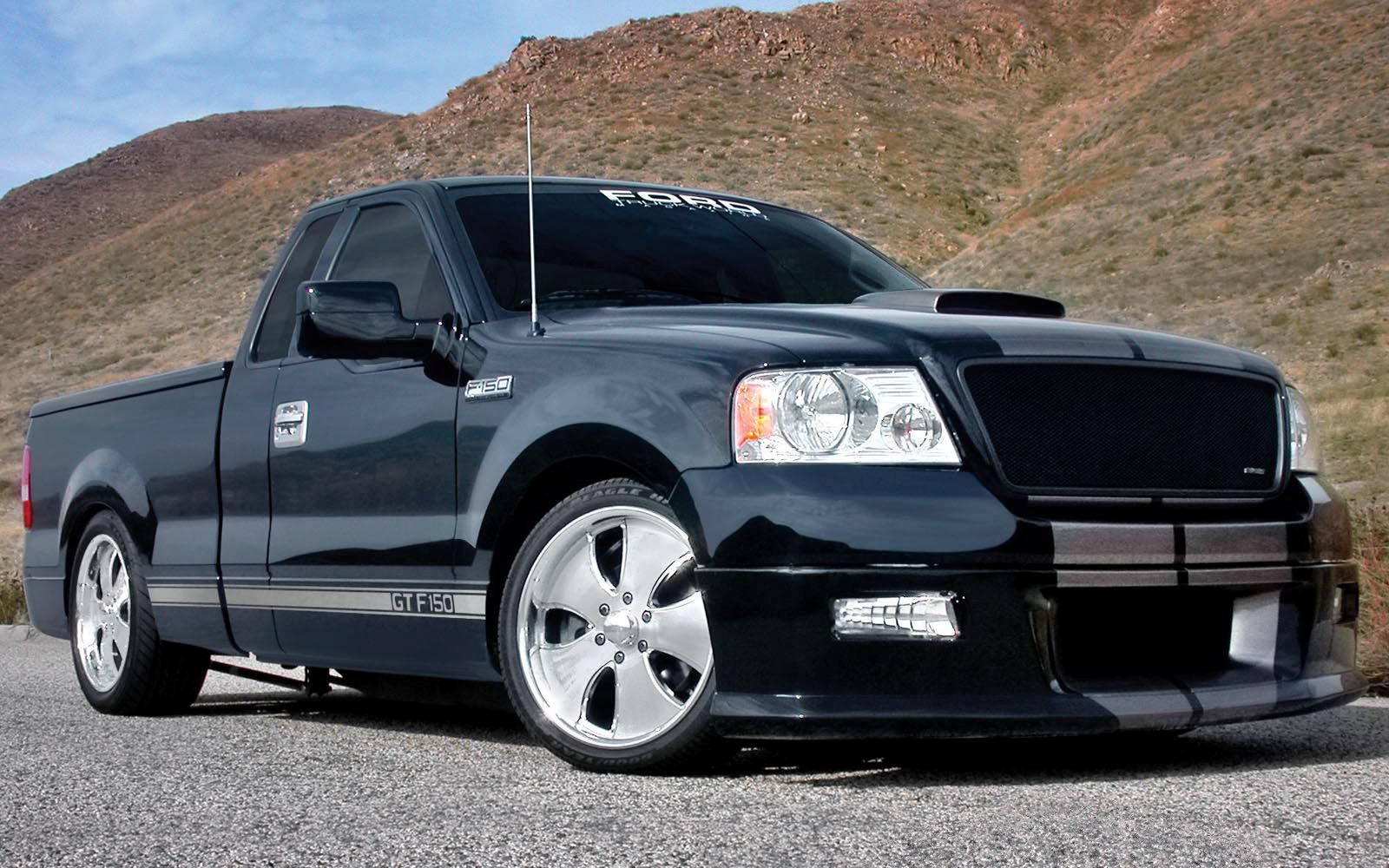 ford f 150 regular cab 2004 2014 thunderform custom subwoofer enclosure mtx audio serious. Black Bedroom Furniture Sets. Home Design Ideas